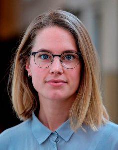 PhD candidate Marloes de Hoon