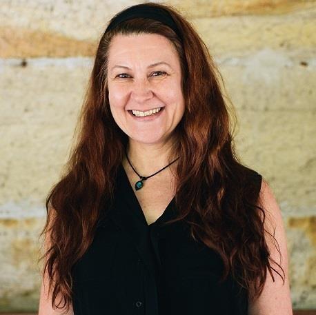 Dr Christine de Matos